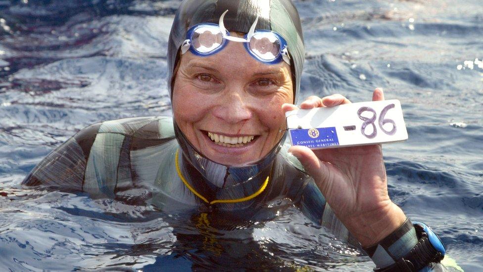 La rusia Natalia Molchanova, una referente de este deporte, desapareció a los 53 años, durante una inmersión.