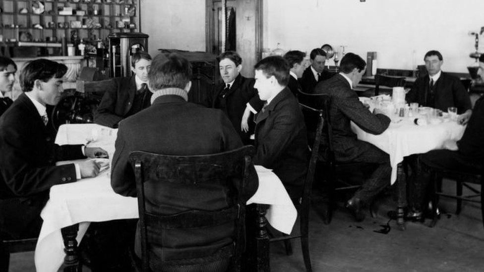 """Los 12 miembros del """"Escuadrón del Veneno"""" eran voluntarios."""