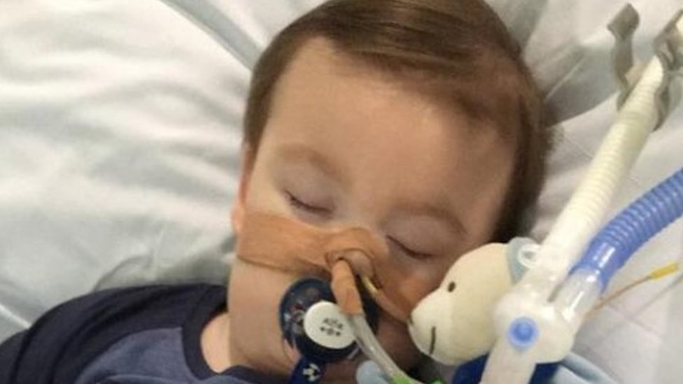 Alfie Evans: Sick toddler's life support 'can end'