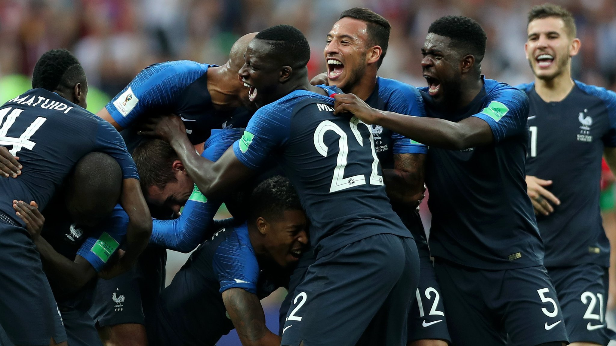 World Cup 2018: France beat Croatia 4-2 in World Cup final | BBC