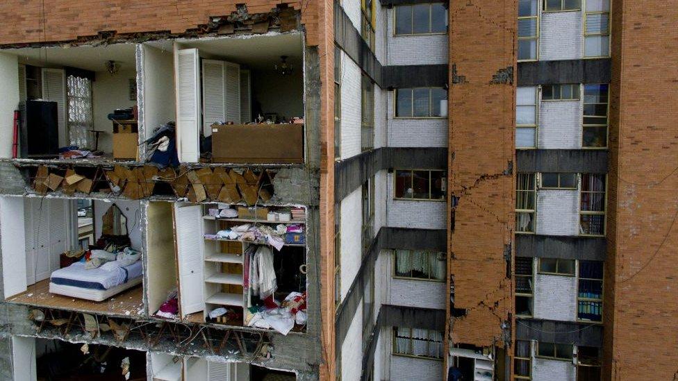 Organizaciones civiles creen que no se vigilan las construcciones que se realizan en la capital mexicana.