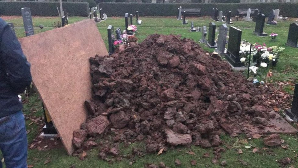 Mud dumped on grave of champion motorcyclist Daniel Hegarty