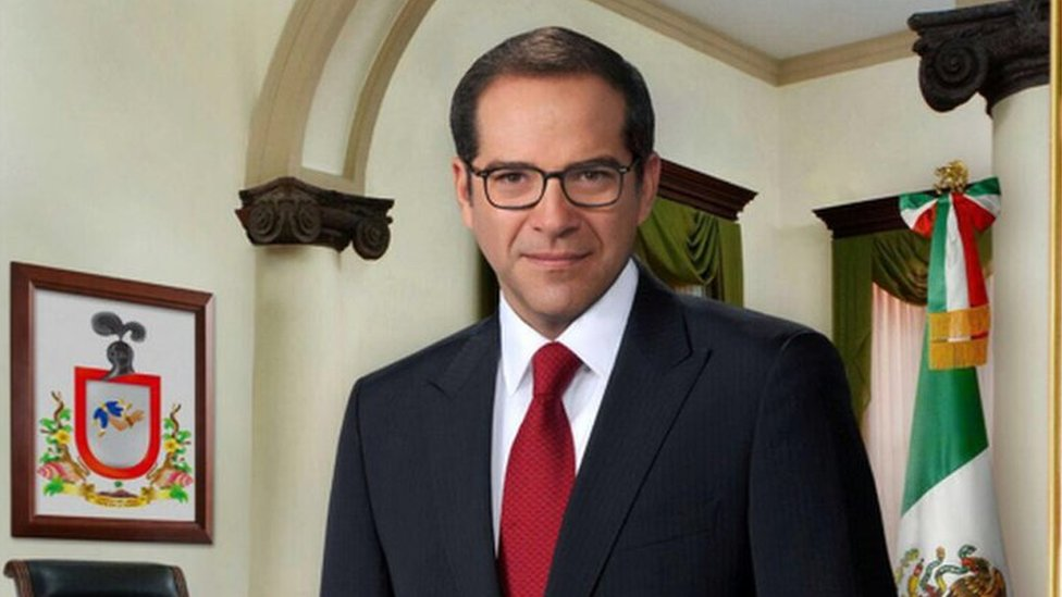 Gobernador de Colima, Ignacio Peralta.