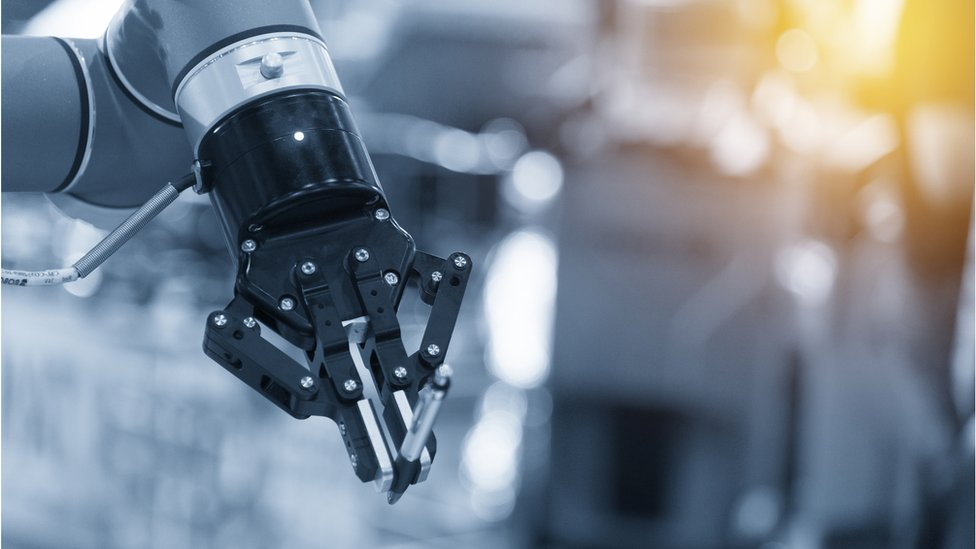 WEF: Robots 'will create more jobs than they displace'