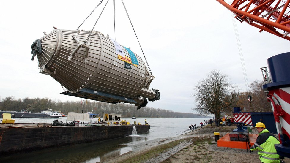 El aparato pesa 200 toneladas