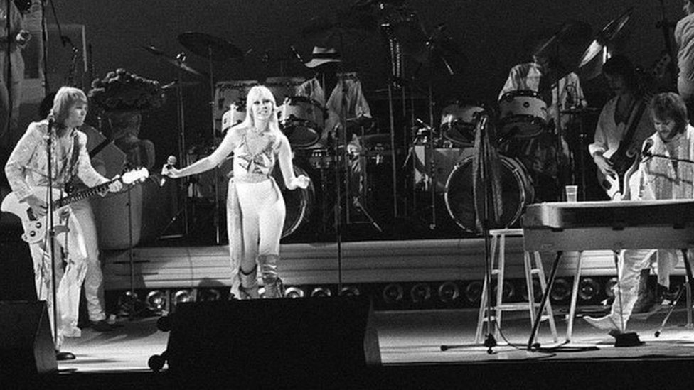 BBC News - Abba's first UK gig at Birmingham Odeon remembered 40 years on