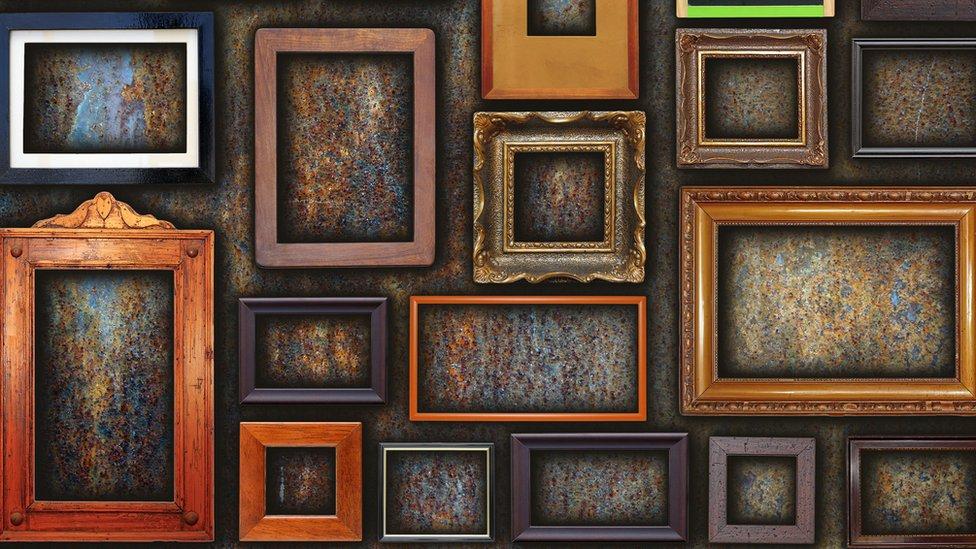 Muchos cuadros