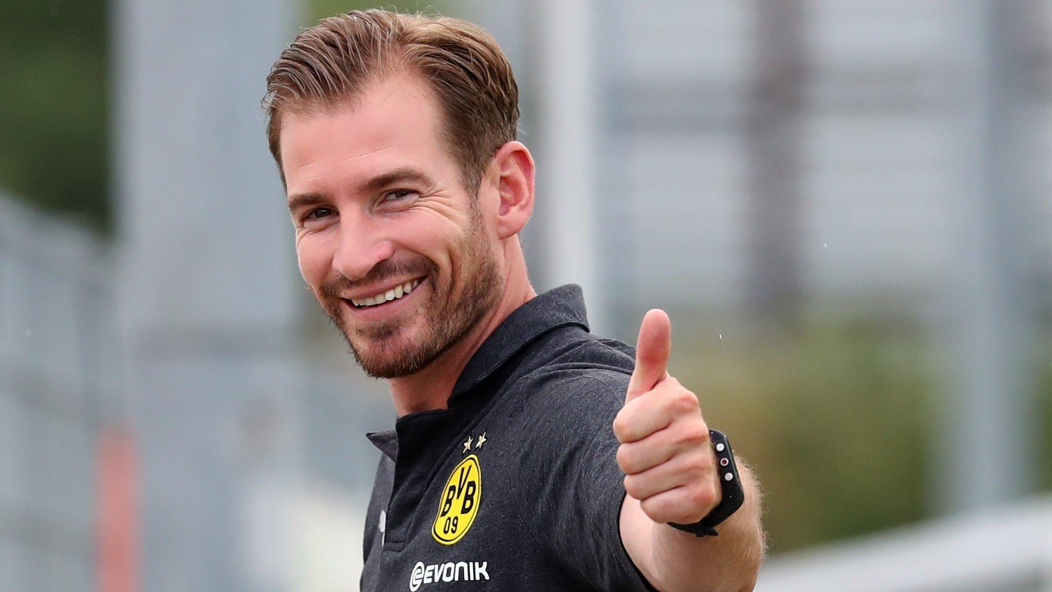 Huddersfield Town appoint Jan Siewert from Borussia Dortmund as new manager