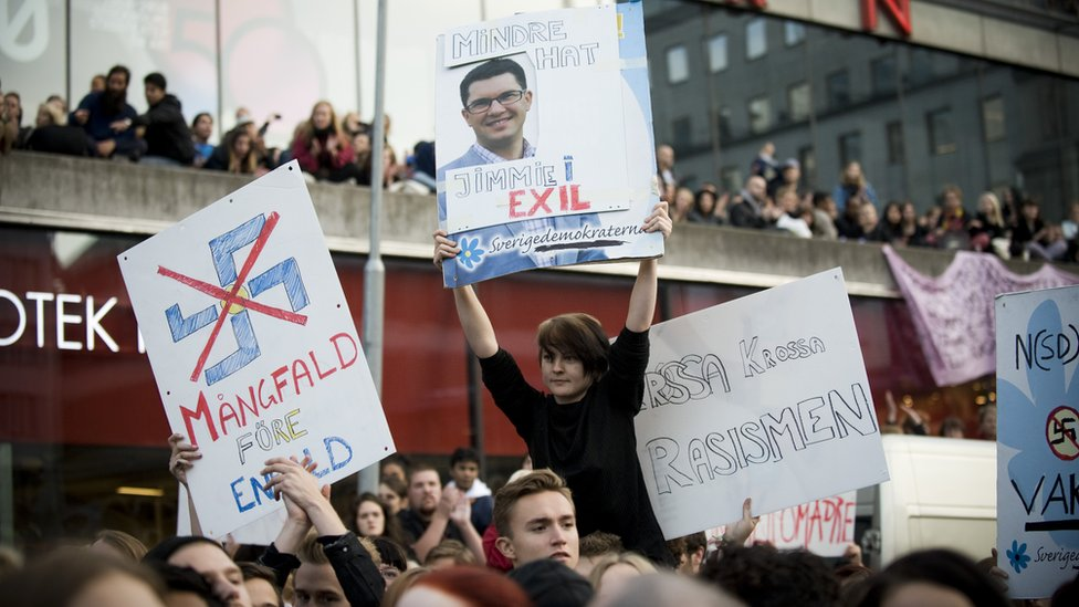 Una protesta contra la extrema derecha de Suecia