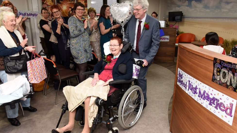 <![CDATA[Wedding held at Southport Hospital's Spinal Injuries Centre]]>