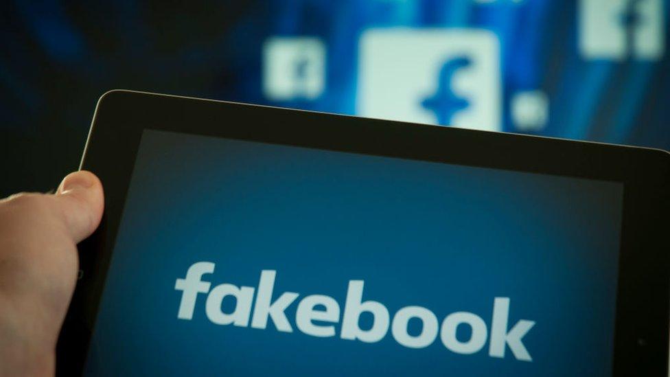 """""""Sur les réseaux sociaux, il faut tout remettre en cause"""""""