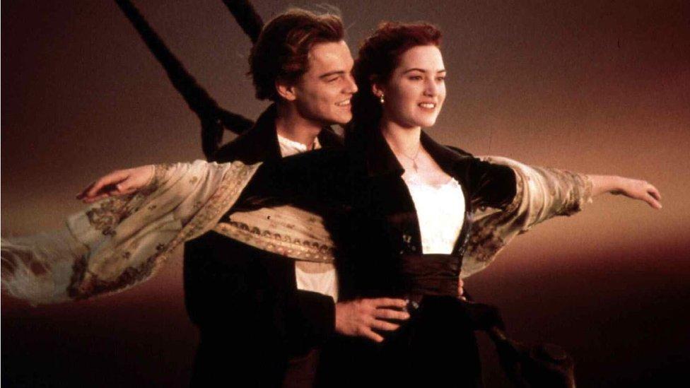 Leonardo DiCaprio y Kate Winslet en una escena de la película