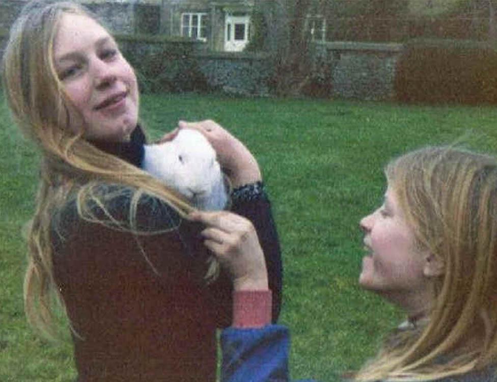 Polly (izquierda) y Jenny, en 1973.
