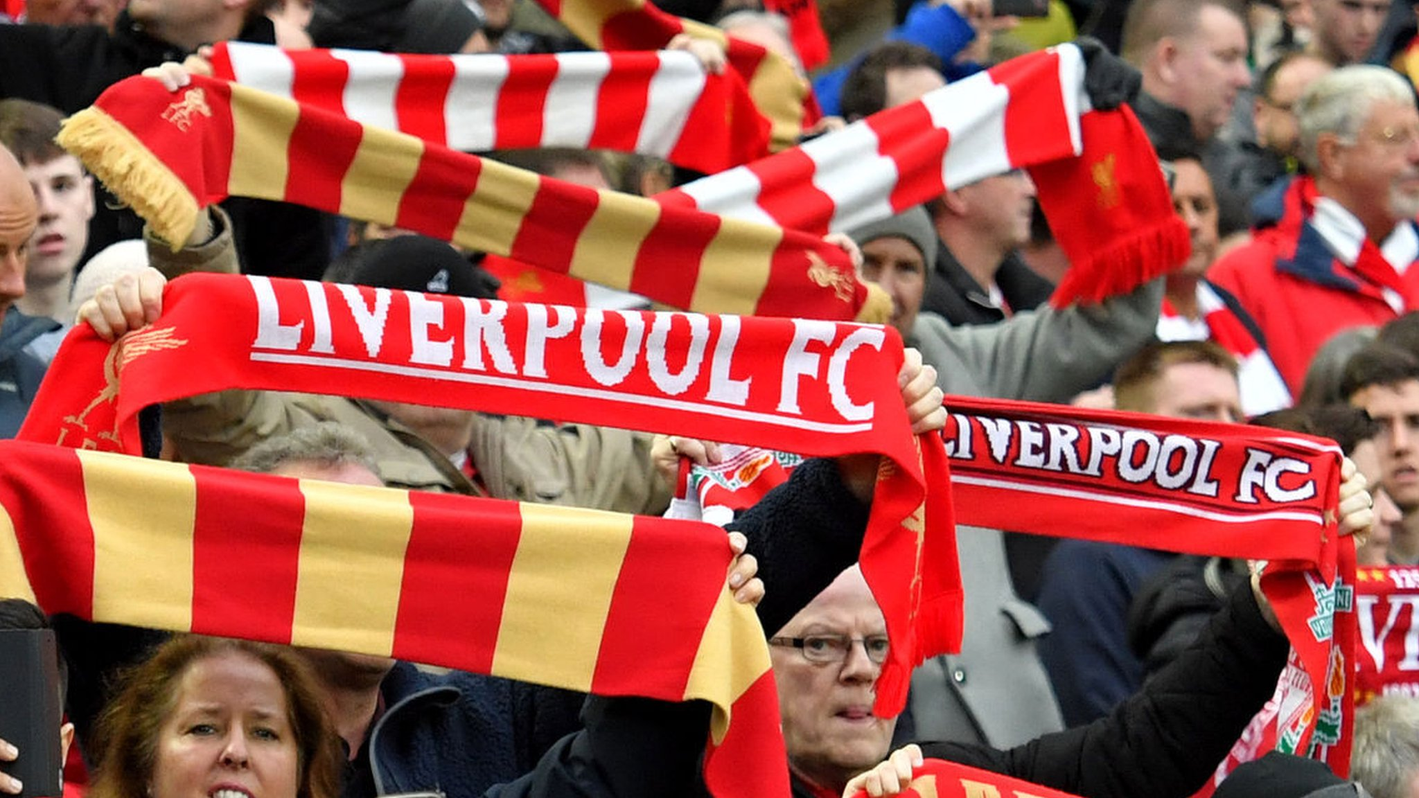 Liverpool look into 'troubling' actions by police & stewards in Seville