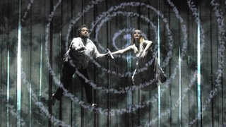 Opera chorus to be balloted over strike