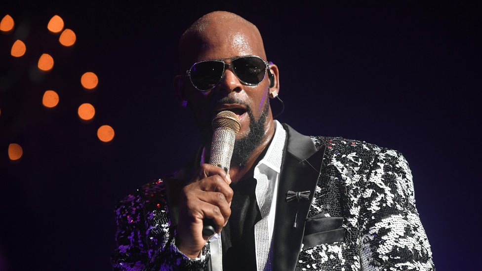 R. Kelly asks judge for permission to play Dubai