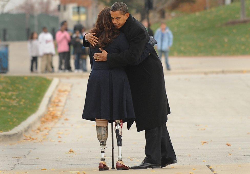 Barack Obama y Tammy Duckworth en 2008