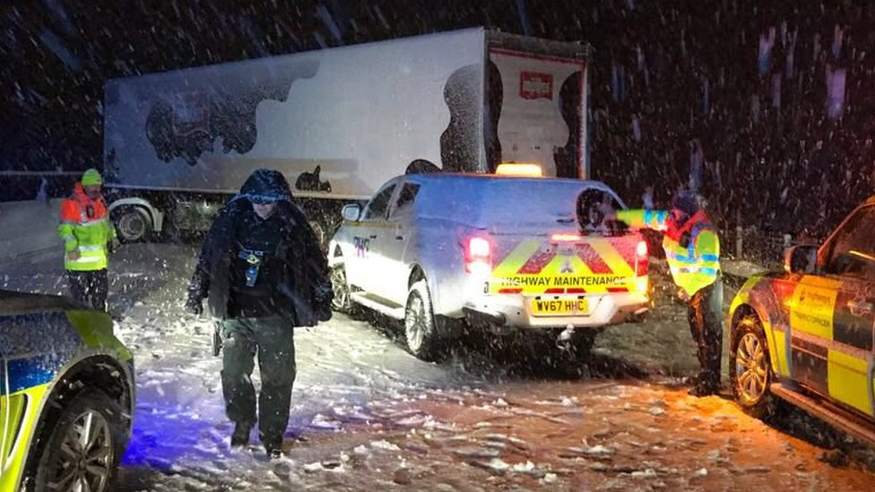Snow brings disruption to North East roads