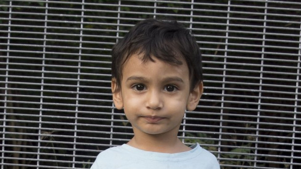 Human rights groups call for children to be taken off Nauru
