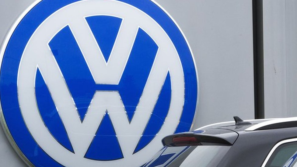 Volkswagen to pay US dealers hit by emissions scandal
