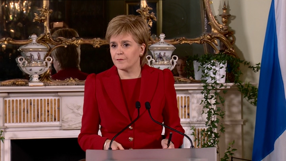 Brexit: Nicola Sturgeon says second Scottish independence vote 'highly likely'