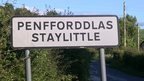 Staylittle sign