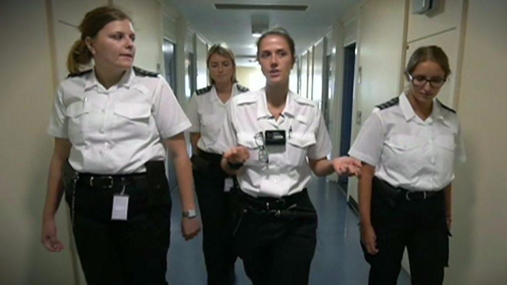 The prison job attracting graduates