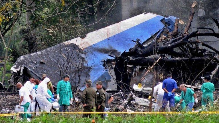 Cuba plane crash: Leasing company blames Mexican crew | BBC