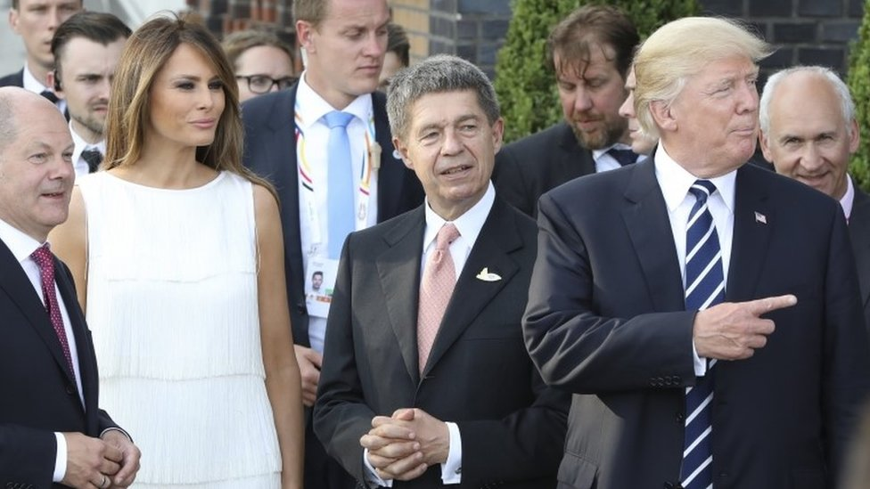 Sauer, aquí con Melania y Donald Trump