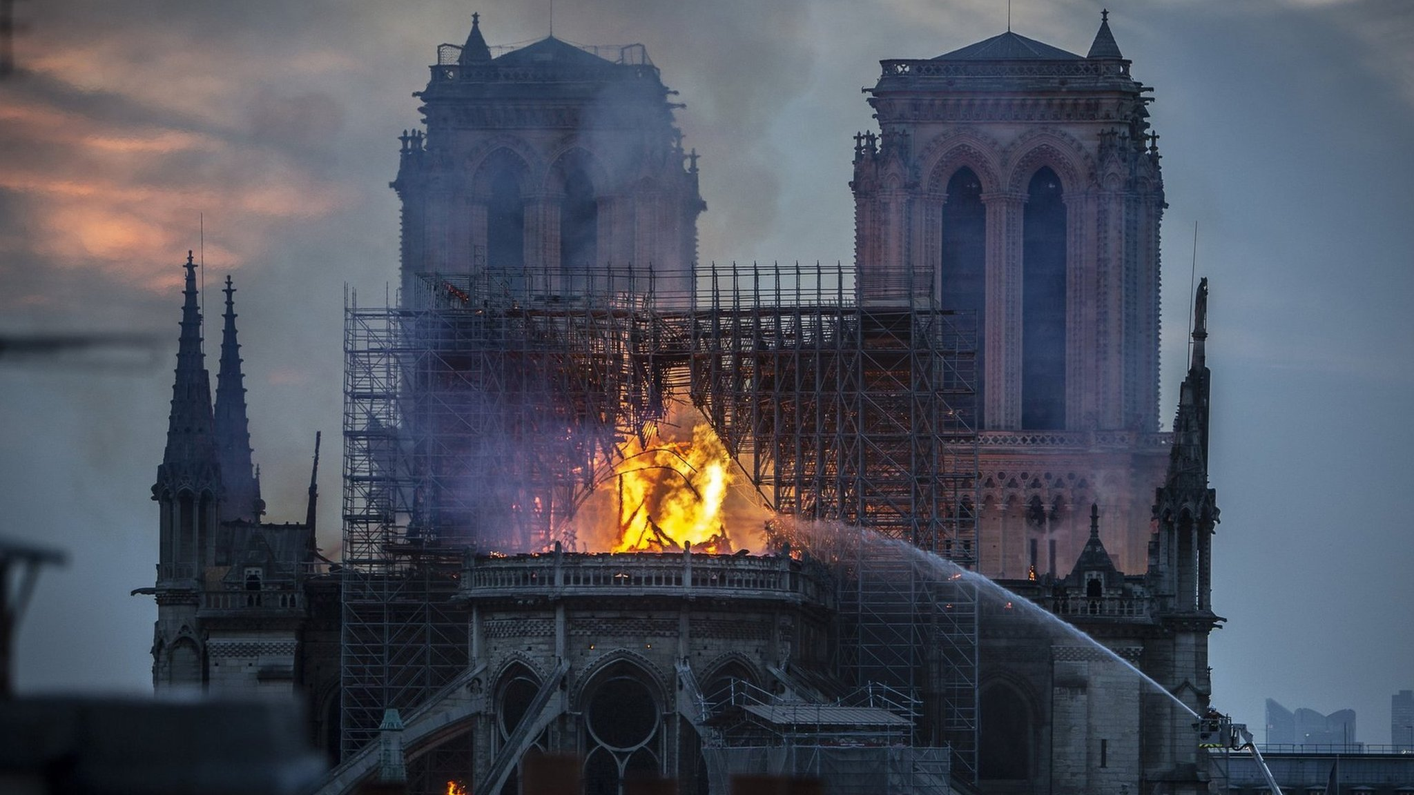 Truth or Not? Notre-Dame fire: Macron pledges to reconstruct cathedral