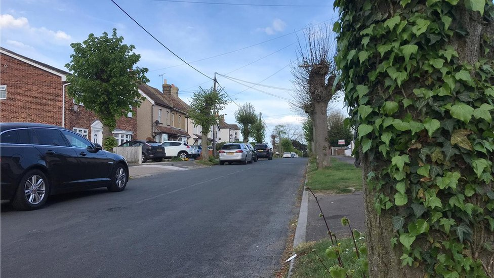 Rayleigh stabbing: Off-duty police officer knifed multiple times
