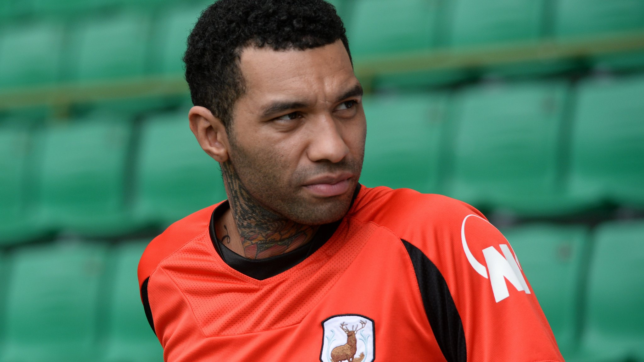 Jermaine Pennant: Billericay Town sign ex-Liverpool winger and Kevin Foley