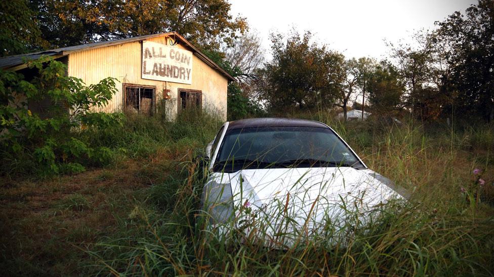 La peor masacre en Texas ocurrió en un pueblo de 400 habitantes en el cual los vecinos se conocen todos entre sí.
