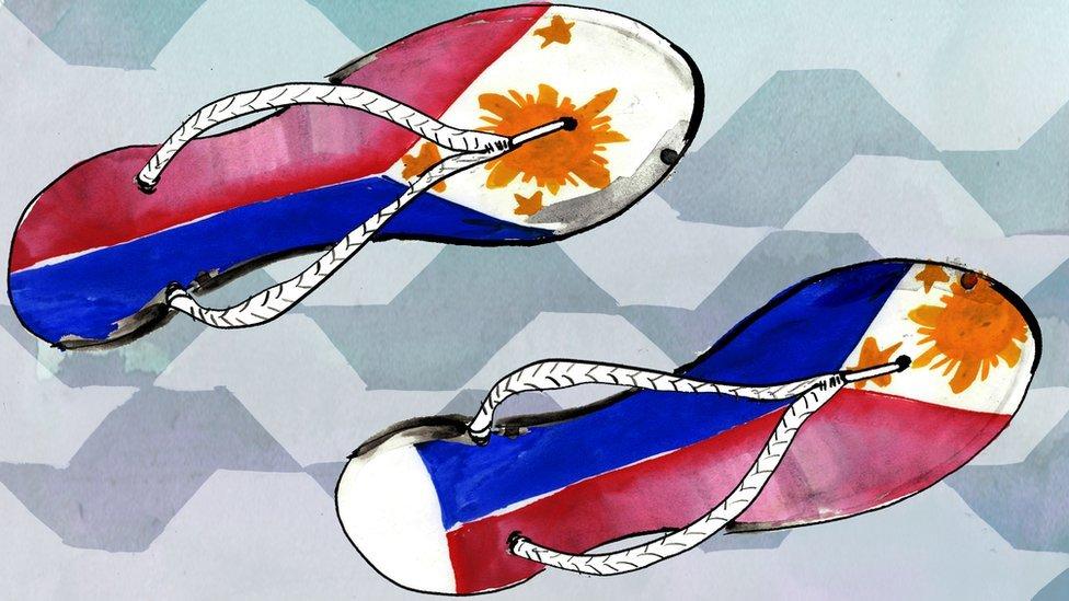 Ilustración de ojotas con el dibujo de la bandera de Filipinas