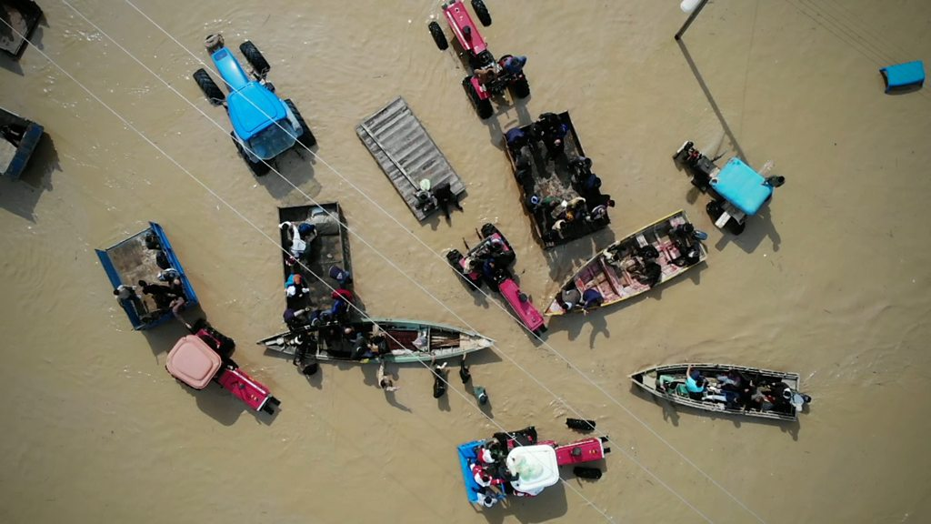 Thousands of homes destroyed as Iran braces for more floods