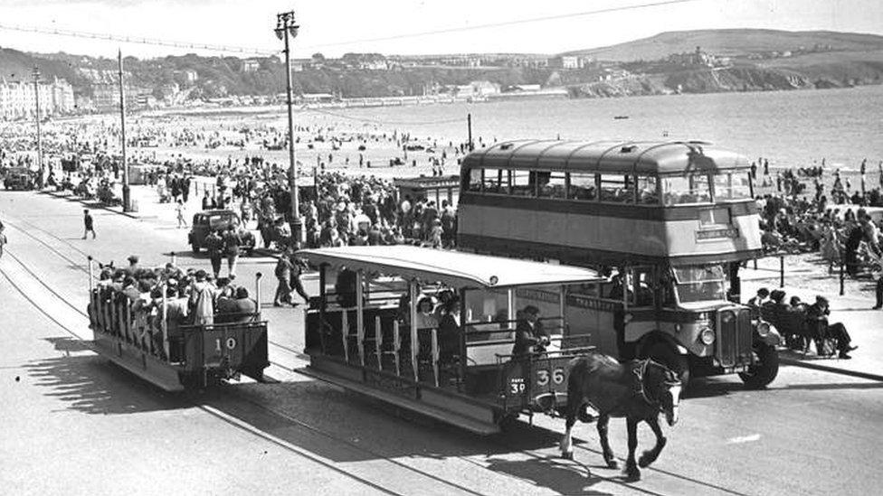 En los 60, la isla recibía principalmente turistas de las ciudades industriales británicas.