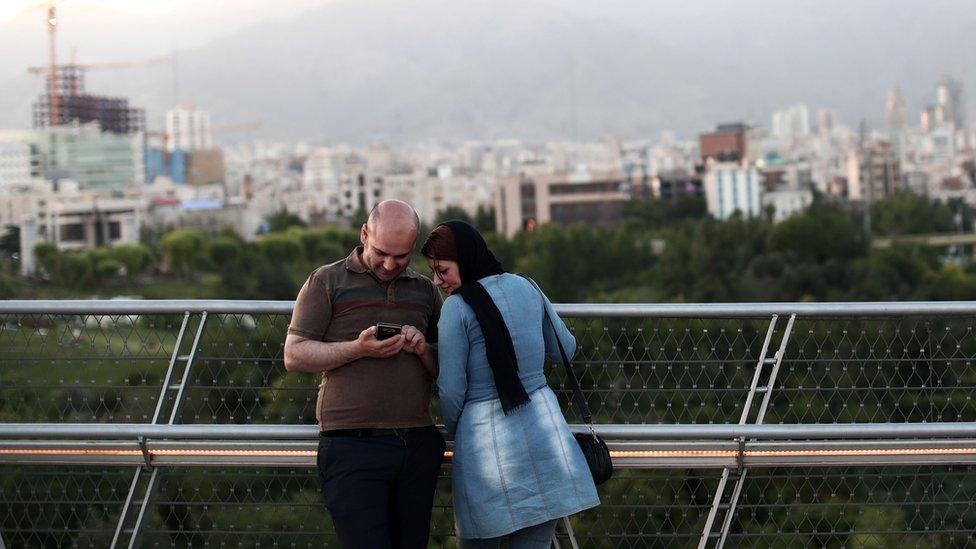 Iran es el mercado más grande de teléfonos inteligentes en Medio Oriente y Samsung representa casi el 50% de los móviles Android.
