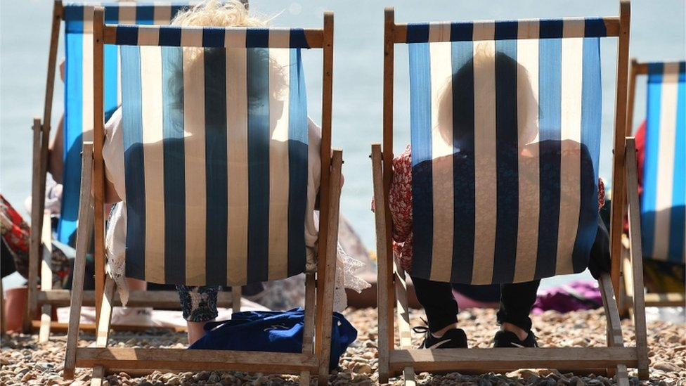 UK weather: Hottest Easter Monday on record