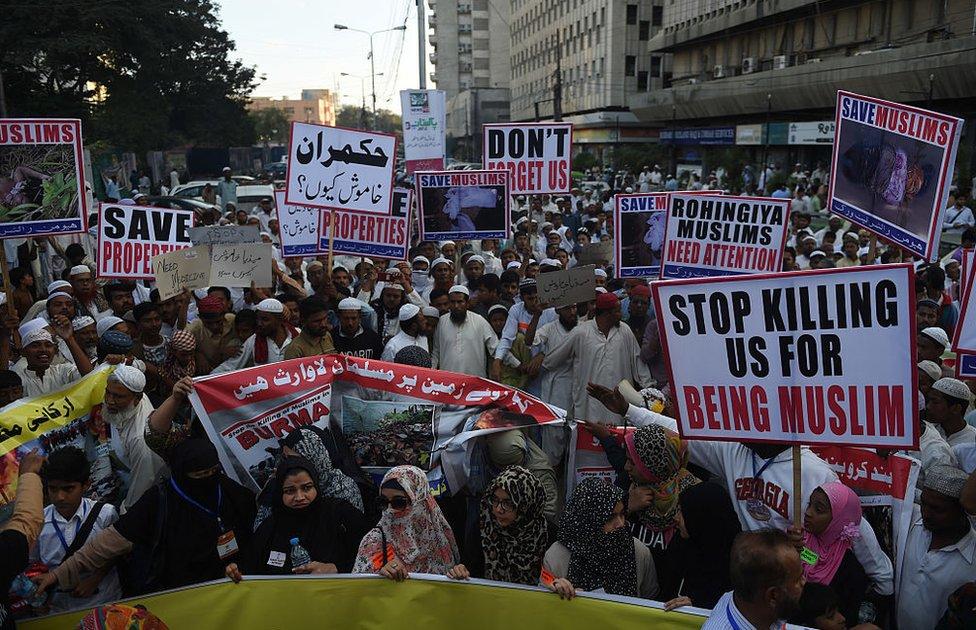 Protesta contra los abusos a los rohingya