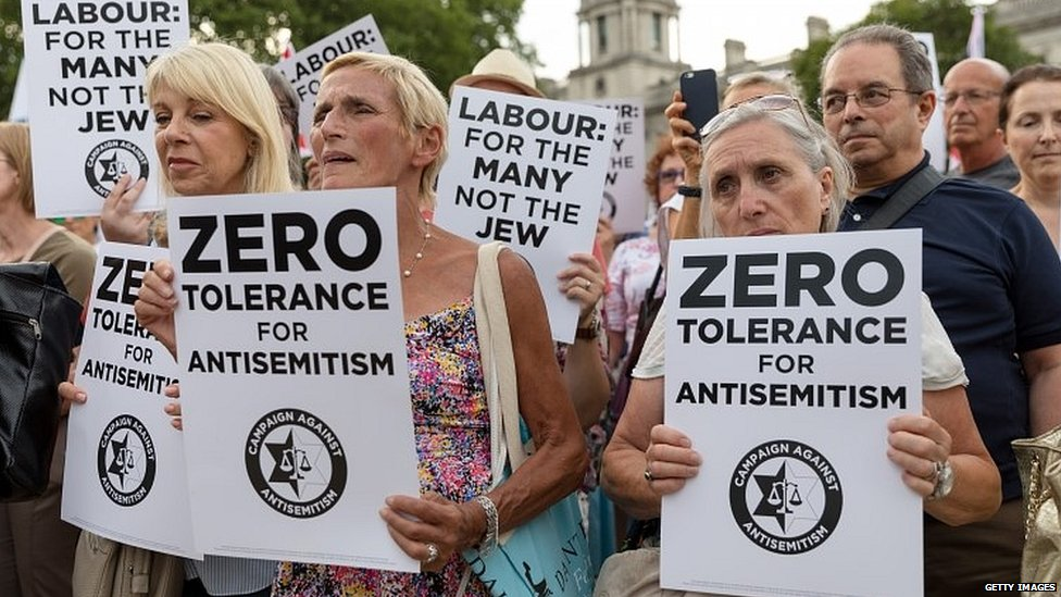 Labour's ruling body set for crunch anti-Semitism talks