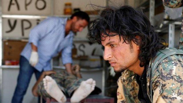 Combatiente en Raqa
