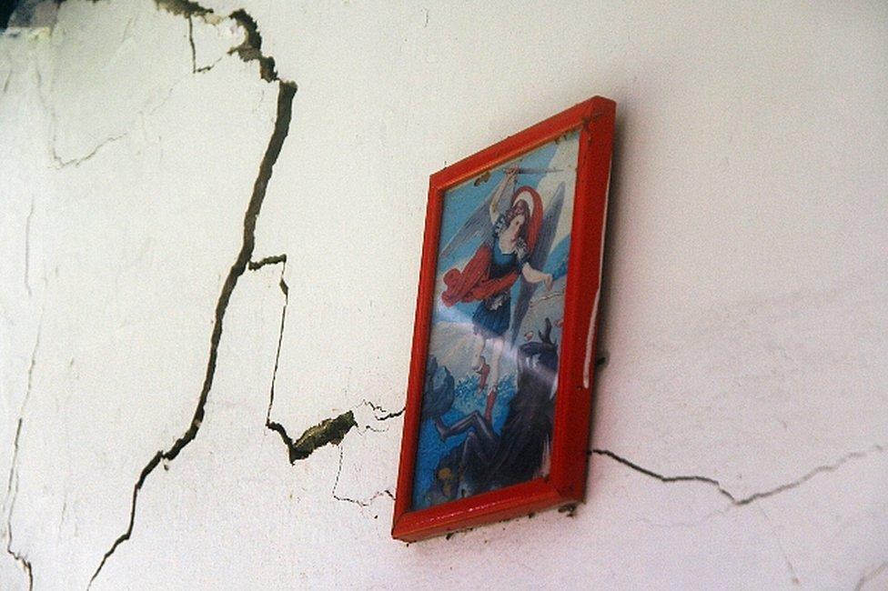 Subsidencia Campo Alegría, Lagunillas, Venezuela. (Foto: Humberto Matheus)