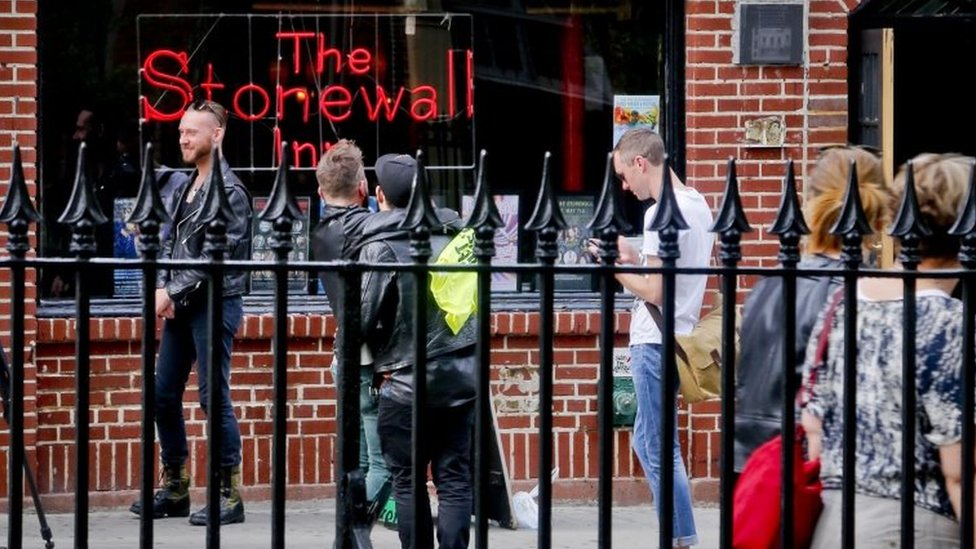 Stonewall to become US gay rights monument - Obama