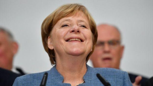 """الانتخابات الألمانية: ميركل """"تفوز بفترة رابعة"""""""