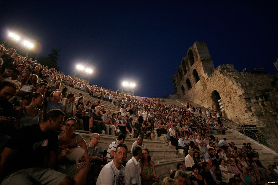 Audience in Greek theatre