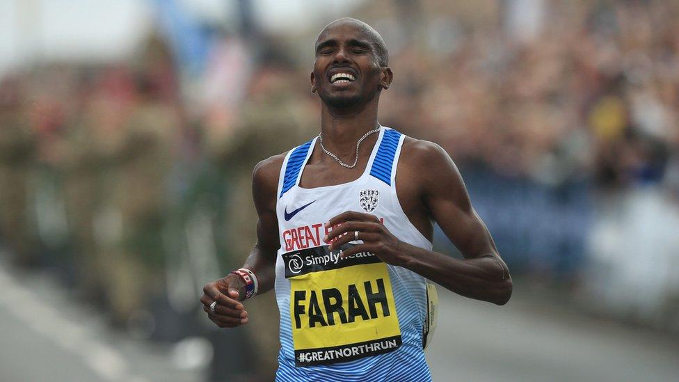 Great North Run: Mo Farah wins record fourth successive title
