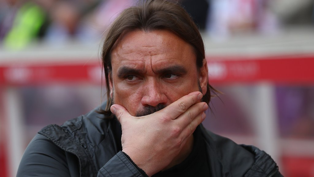 Stoke City 2-2 Norwich City: Canaries on brink of Premier League despite fourth straight draw