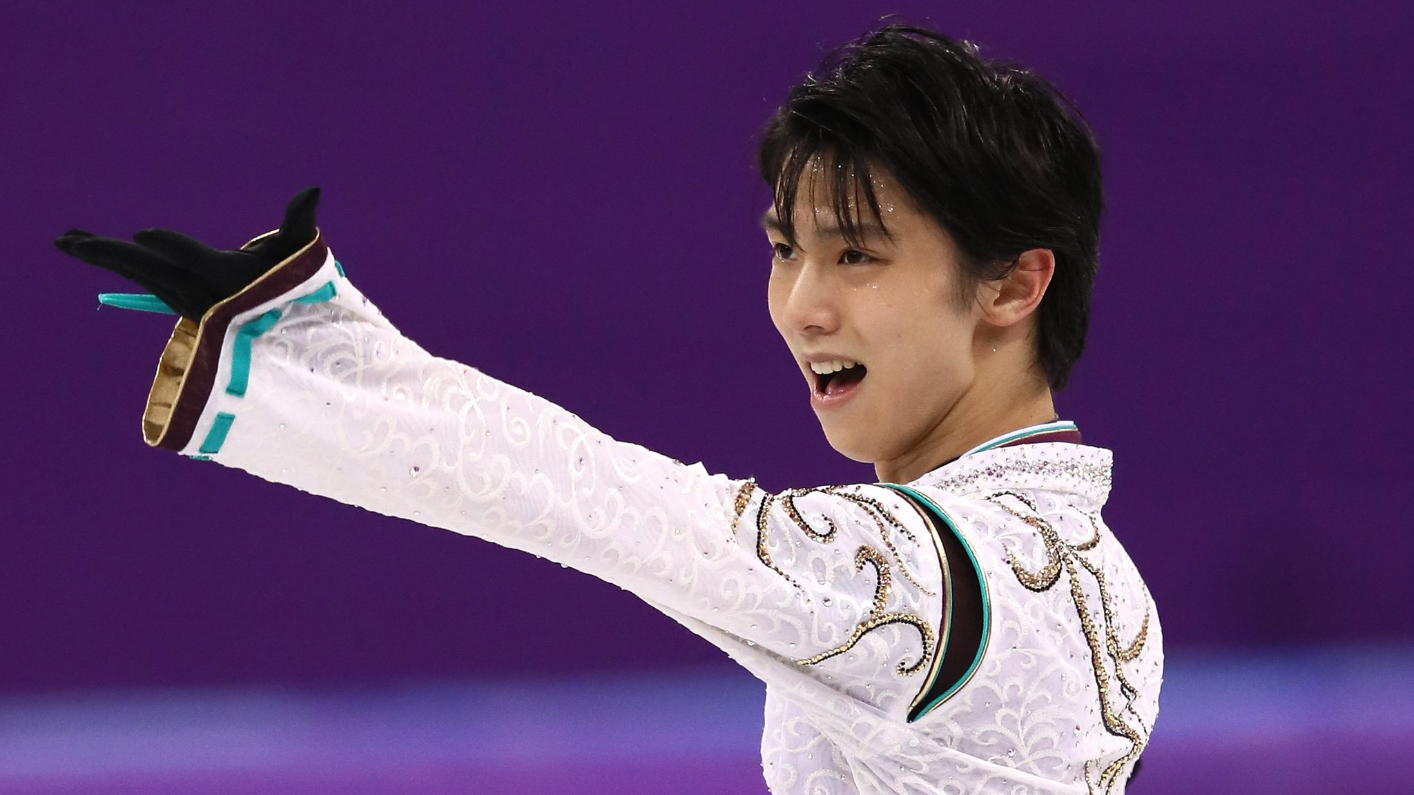 Winter Olympics: Japan's Yuzuru Hanyu wins historic figure skating gold