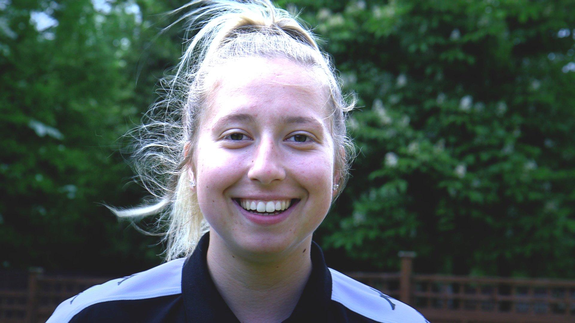 Teenager Chloe Bellerby's 200 mile walk for mental health