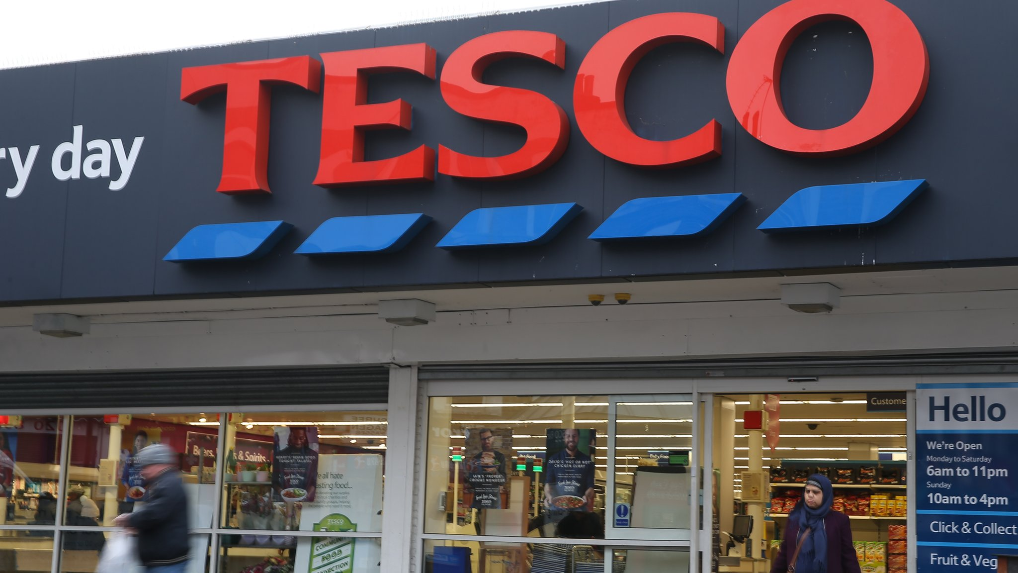 Tesco to axe 1,200 head office jobs